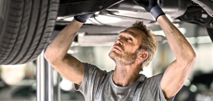 Porsche Inter Auto sevis - menjava gum